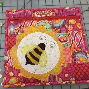 Pat Sloan: Free Bumble Bee pouch pattern! - Pat Sloan's Blog