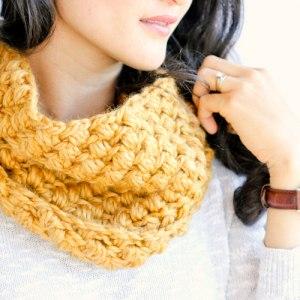 Kết quả hình ảnh cho 1. Double Crochet Infinity Scarf knitting