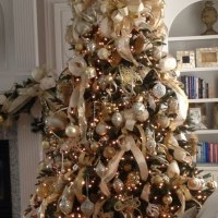 35 - 2017 Christmas Decor Trends